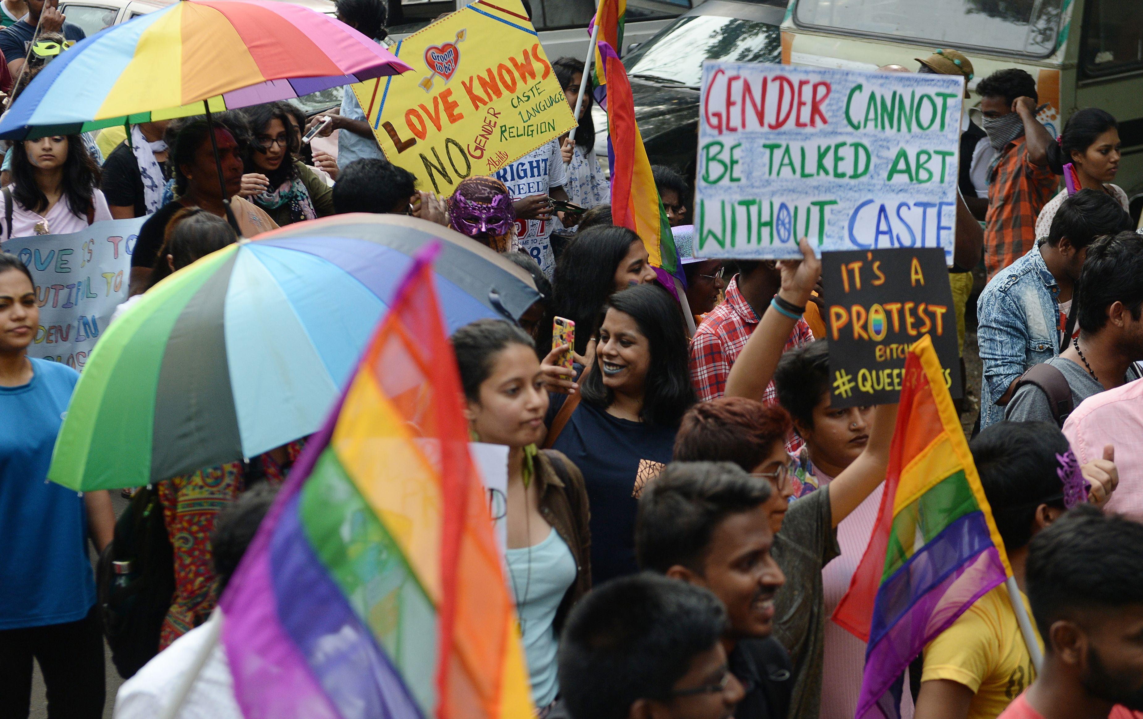180906142641-01-india-gay-sex-ruling.jpg